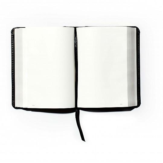 Páginas de gramaje fijo, resistente papel de estilo biblia