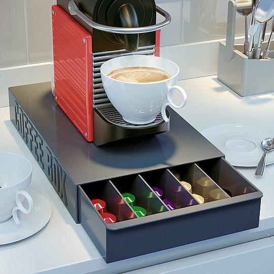 Guarda las variedades de tu café de cápsulas en esta caja de diseño minimalista.