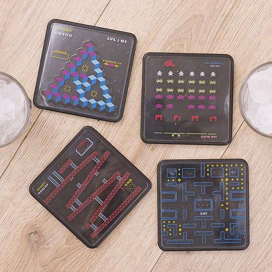 4 juegos diferentes inspirados en los juegos de arcade de los 80