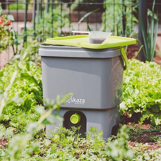 Utiliza el liquido de fermentación para regar y los desechos fermentados como compost