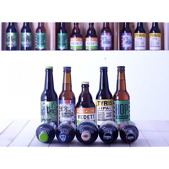 Pack de nueve botellines de cinco tipos de cervezas IPA artesanas