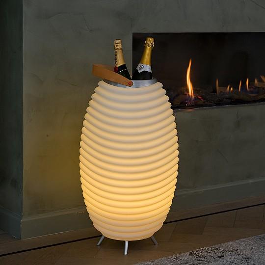 Perfecta como luz ambiental dentro de casa