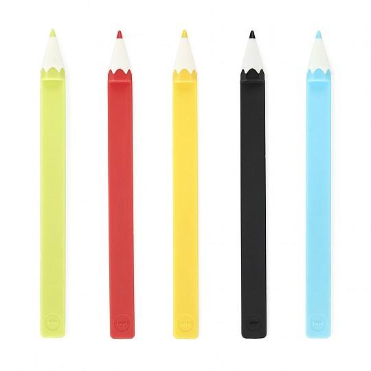 Disponible en cinco colores que se envían al azar