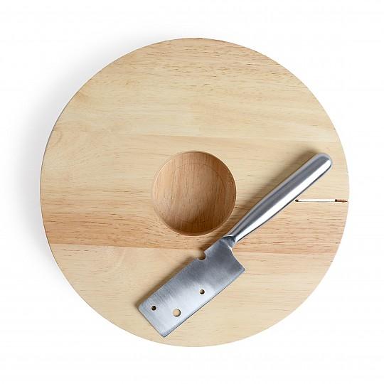 Con un espacio en la parte central de 85mm de diámetro para dejar la botella de vino