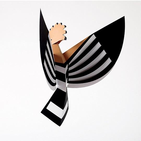 Monta esta figurita de papel en 3D de Plego con la forma de una abubilla