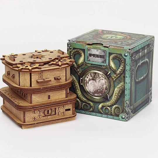 El cofre Escape Room de Davy Jones es una sala de escape room muy original en tamaño bolsillo.