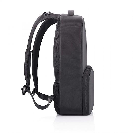 Tiene las mismas características antirrobo que cualquier mochila de XD Design y puerto de carga USB