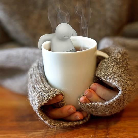 Un infusor de té con forma de hombrecito