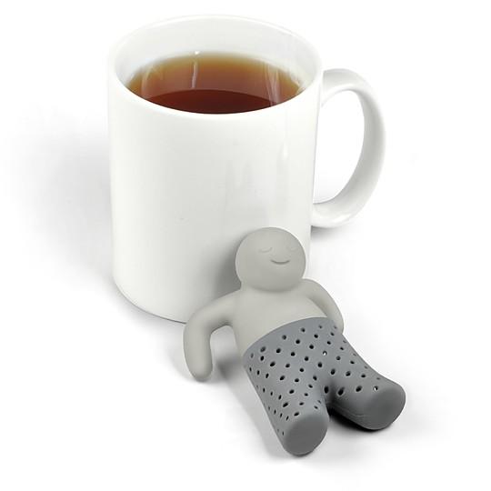 Un simpático personaje te preparará el té