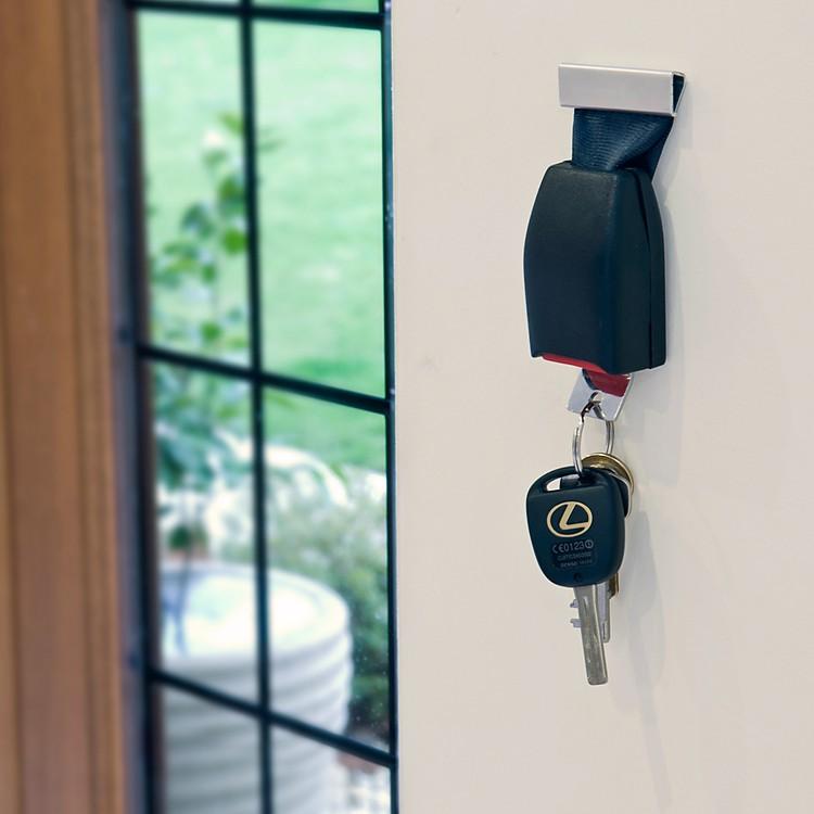 Porta llaves con forma de cintur n de seguridad - Porta llaves pared ...