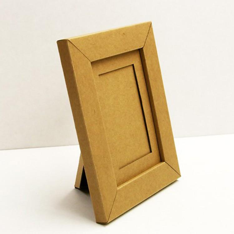 Marco de Cartón de Stange Design