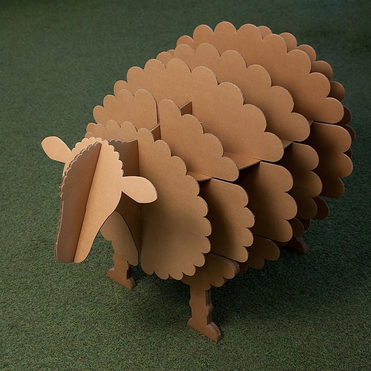 Estanter a de oveja molly de stange design - Como hacer una oveja ...