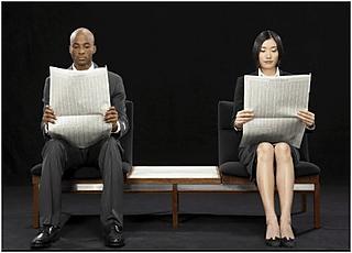 Shinbun Clip makes reading the newspaper easier