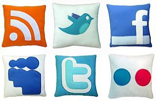 RSS, Twitter, Facebook, MySpace, Twitter & Flickr Pillows