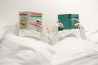 Read in bed without freezing your hands off