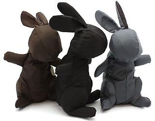 Picnica in black, brown, grey