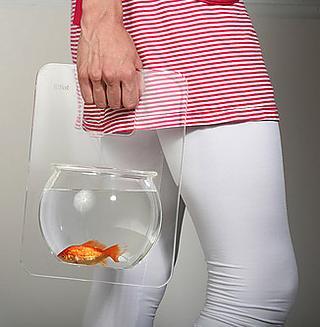 Saca a tu pez de paseo. Él lo haría